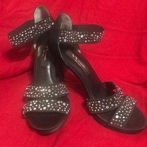 Nina New York Sandals with sparkling rhinestones